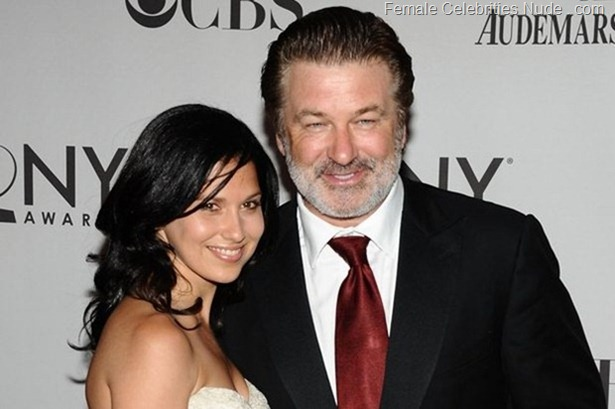 Alec Baldwin, right, and Hilaria Thomas arrive at the 65th annual Tony Awards  in New York